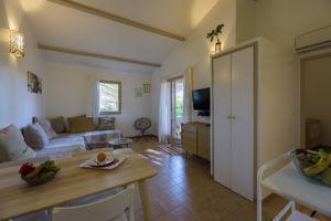 Salle à manger et salon mini-villa Porto Vecchio
