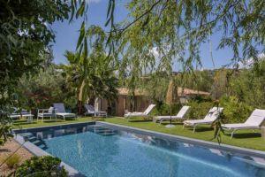 Piscine privée avec villa Santa Giulia