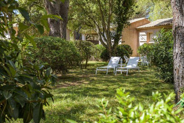 Private park and pool in residence Santa Giulia