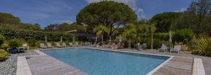 Piscine-de-la-résidence-3-etoiles-Santa-Giulia