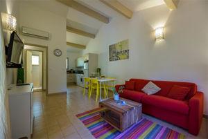 Salon avec cuisine résidence Porto Vecchio