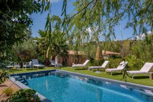 Piscine et jardin location villa Palombaggia